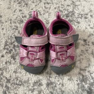 Baby Keen shoes pink hiking sandals 6 months